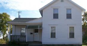 513 West Grand Apt.1